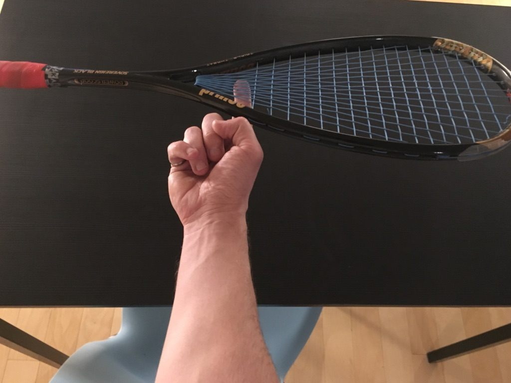 Finding the balance point of a squash racket
